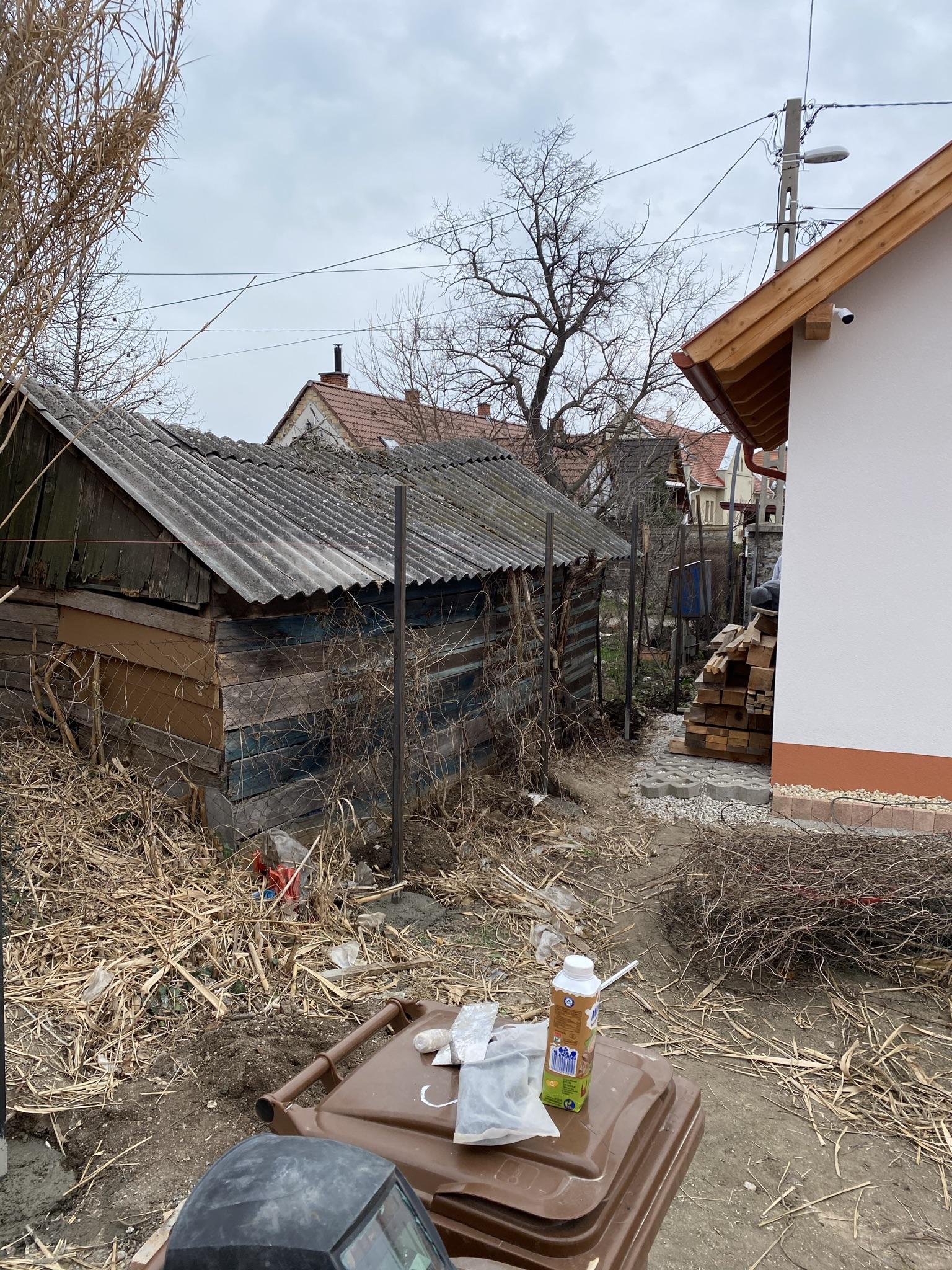 Balatonfüred kerítés építés t8-ból