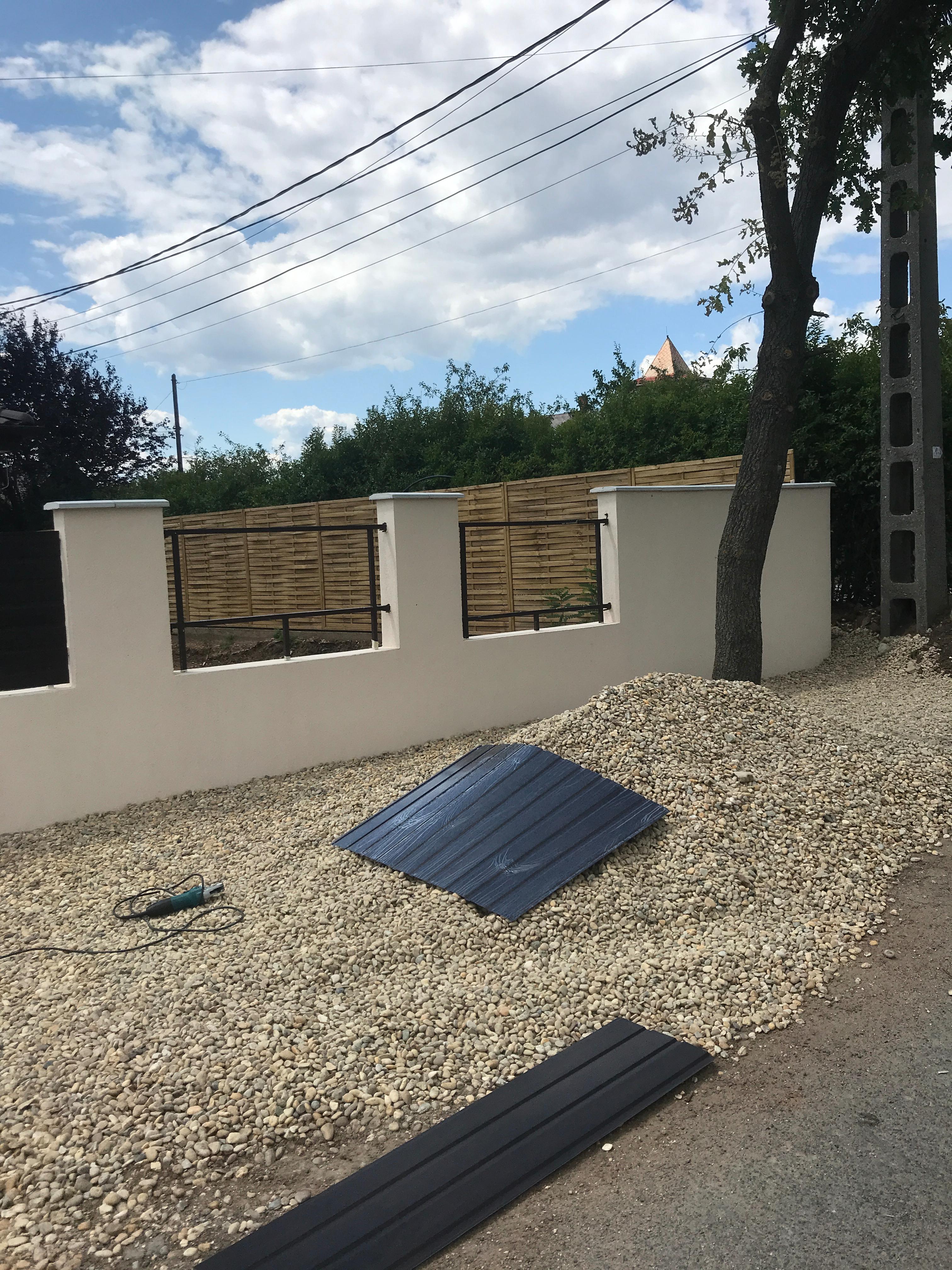 Csömör Panoráma u kerítés építés