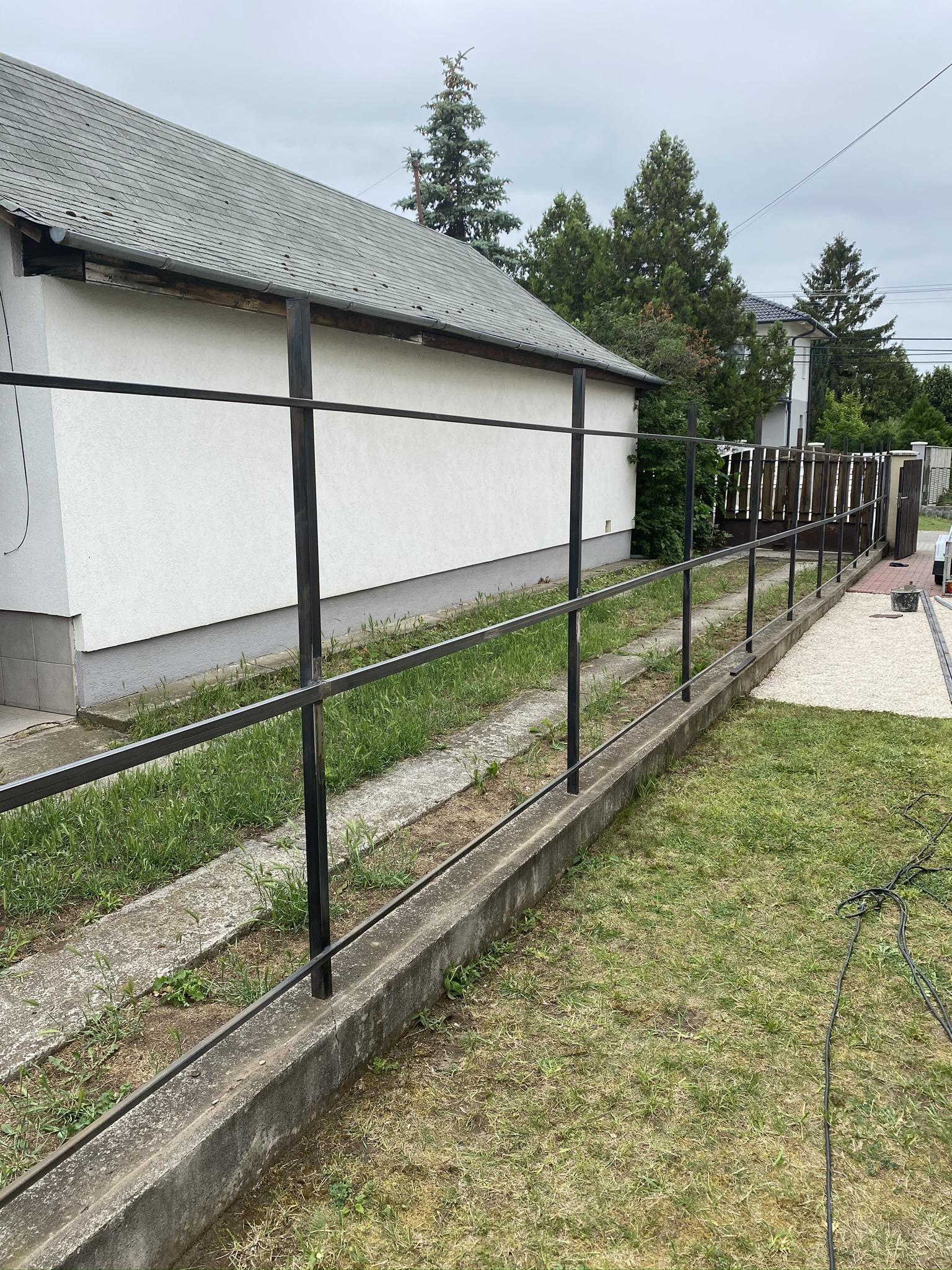 Dkeszi trapézlemez kerítés építés