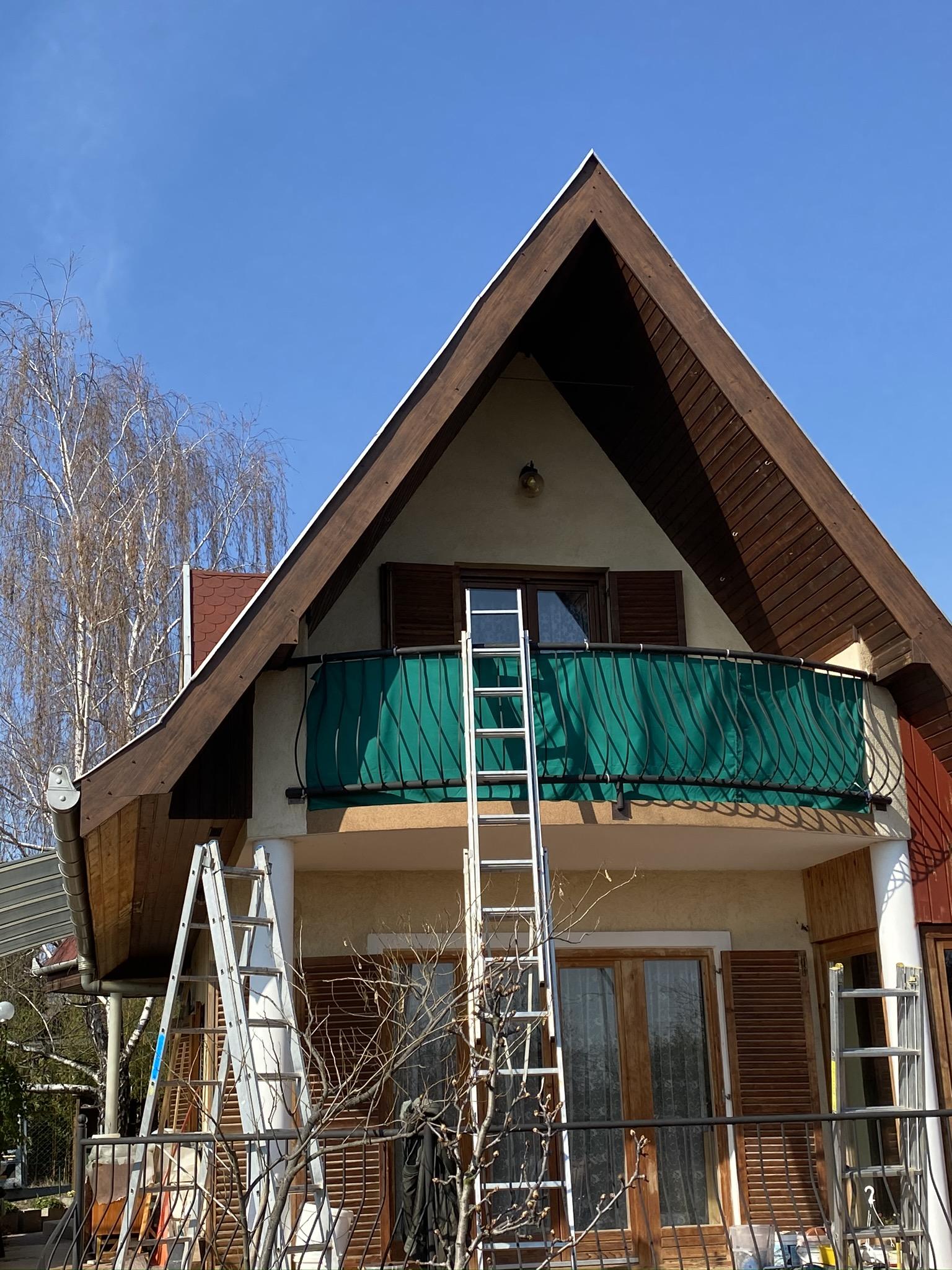 Fót tető szegő belemezelése
